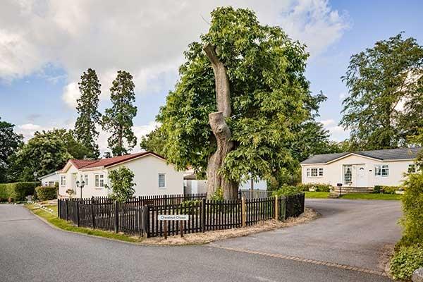 warfield berkshire park home development street shot