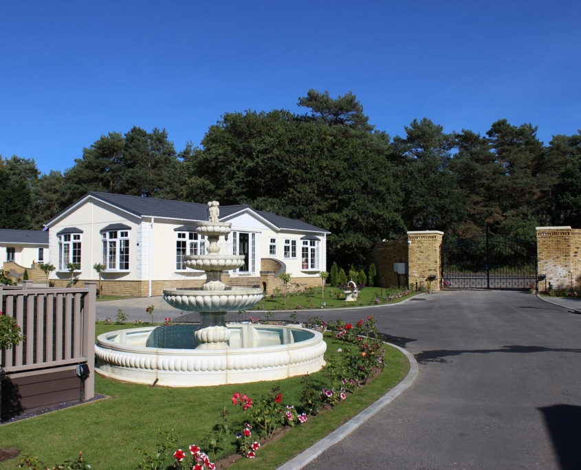 Oakwood Court park home development