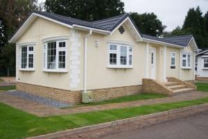 exterior Omar Middleton park home