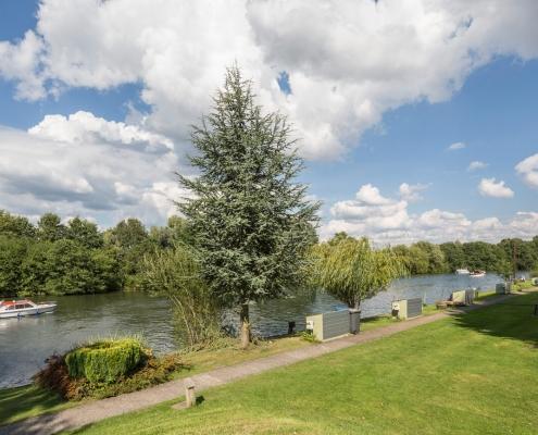 park homes in berkshire