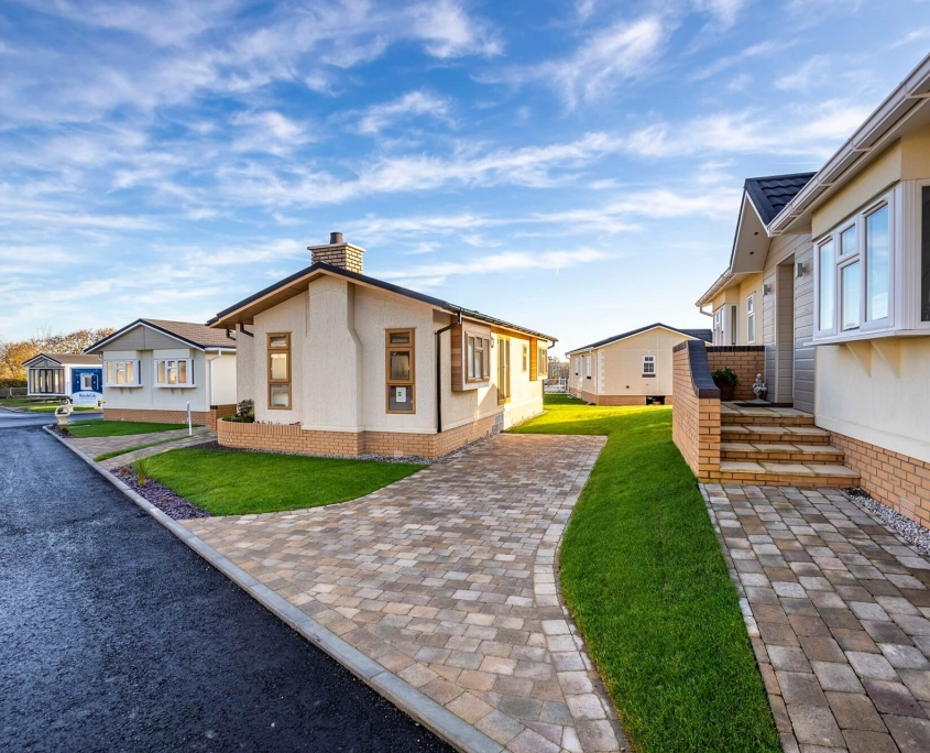 bungalows for sale in bude